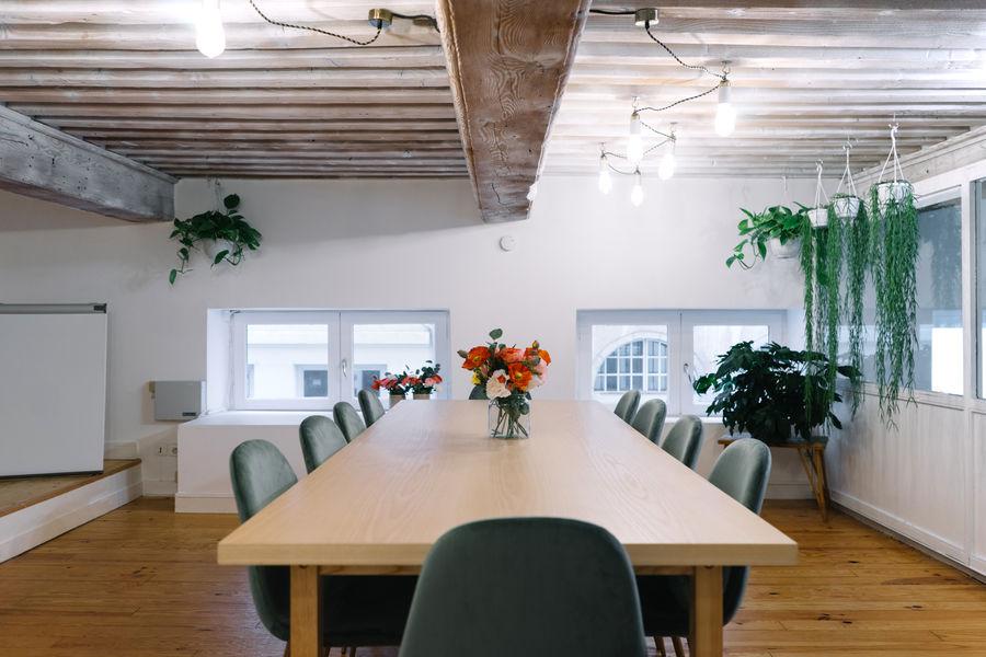 Comptoir Sauvage Salle de réunion cosy