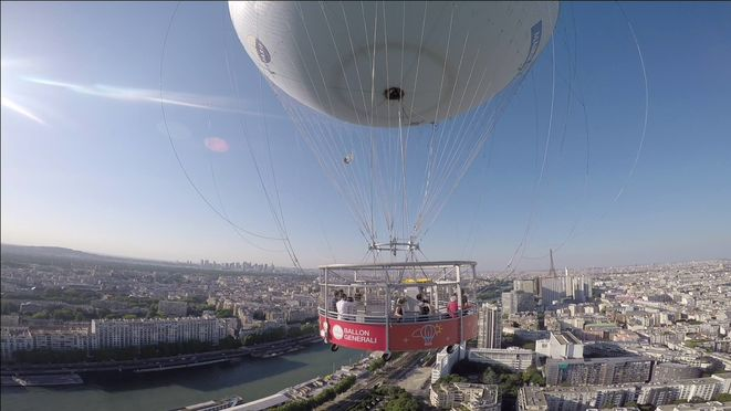 Ballon de Paris vol à 150 m au dessus de Paris