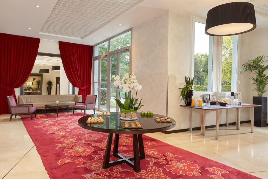 Crowne Plaza Paris - Charles de Gaulle **** Foyer Fragonard