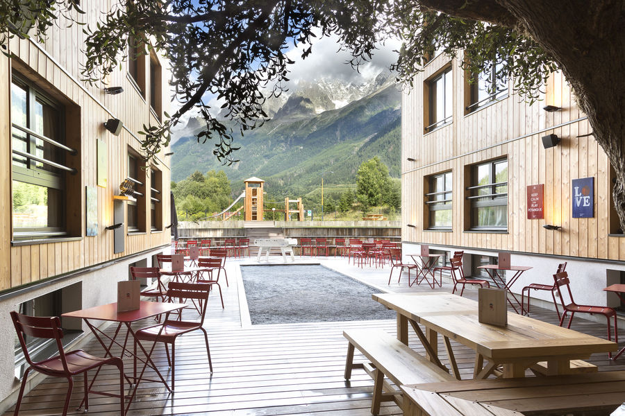 RockyPop Hotel Patio Guinguette