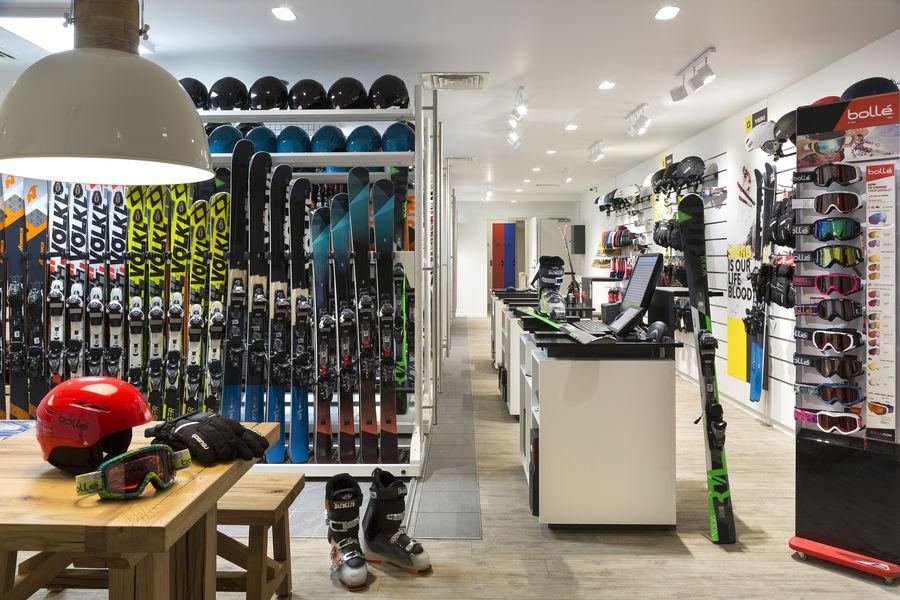 RockyPop Hotel Ski shop