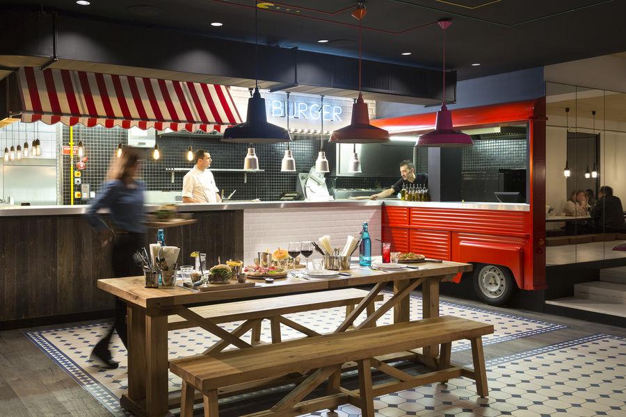 RockyPop Hotel Restaurant - Food trucks