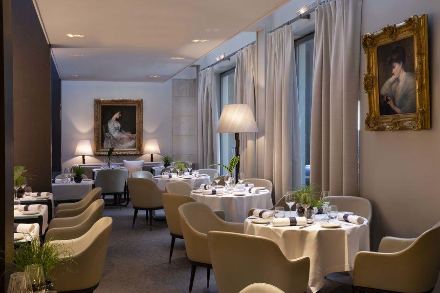 Hôtel De Sers ***** Le Restaurant