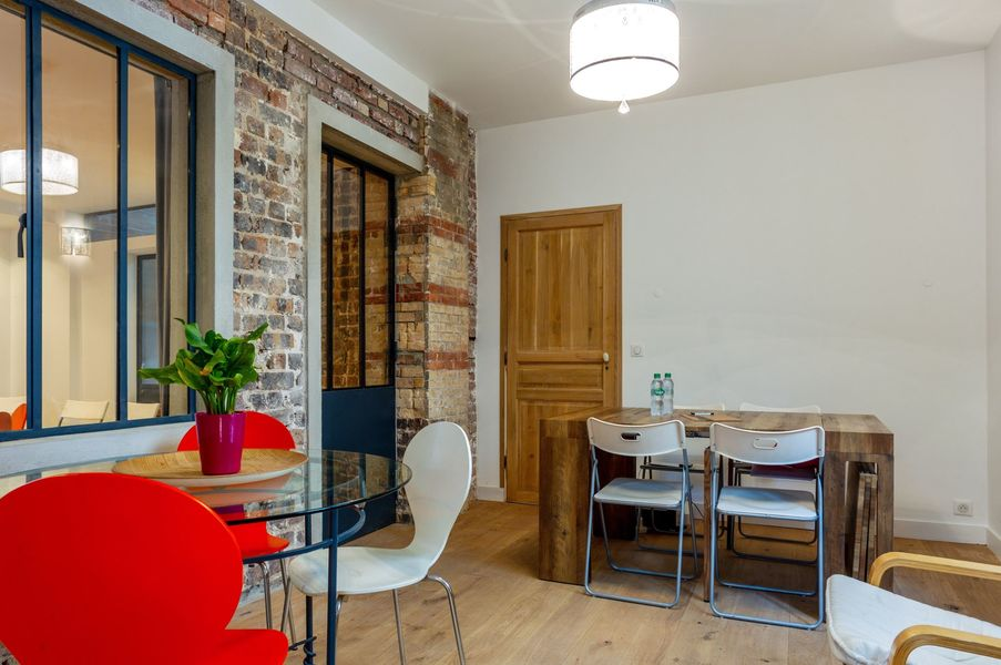 La Villa des Créateurs Bureau - Possibilité de mettre une table extensible pour 10 personnes