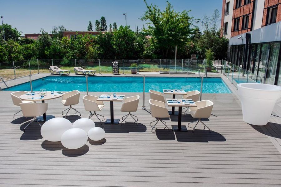 Holiday Inn Toulouse Airport Piscine