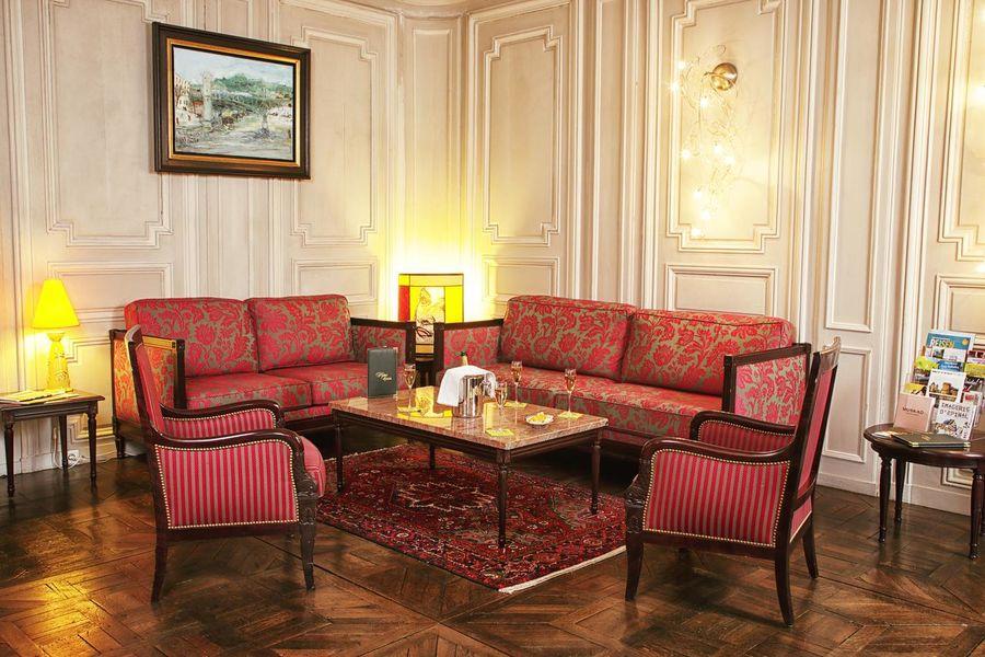 Hôtel d'Haussonville **** 2