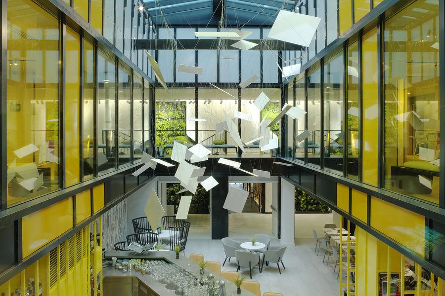 Courtyard by Marriott Paris Gare de Lyon 4****  24