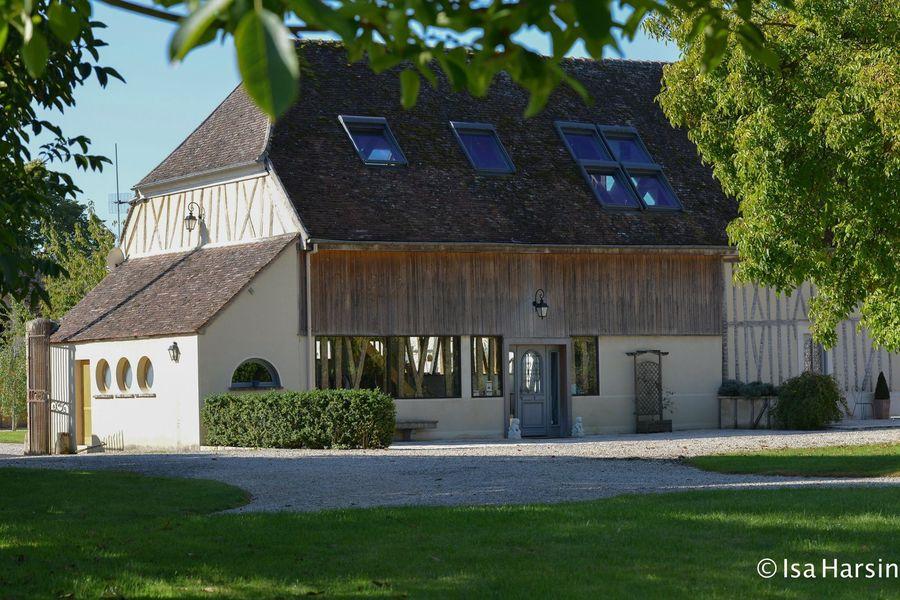 Domaine de Toussacq Vue Extérieure de la grange