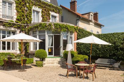 Hotel The Originals Auxerre Normandie
