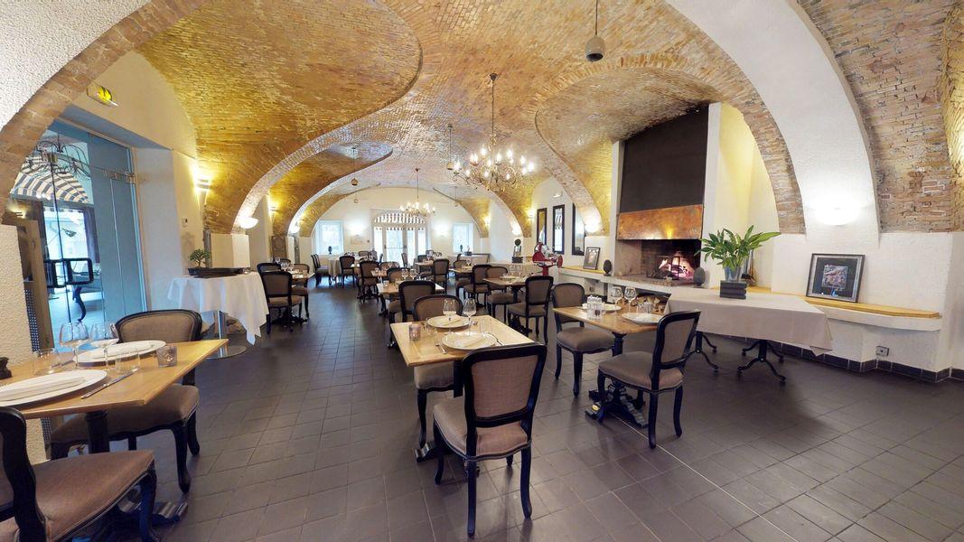Hôtel***Restaurant Spa La Robéyère Salle des Ecuries