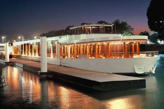 Bateau River Palace