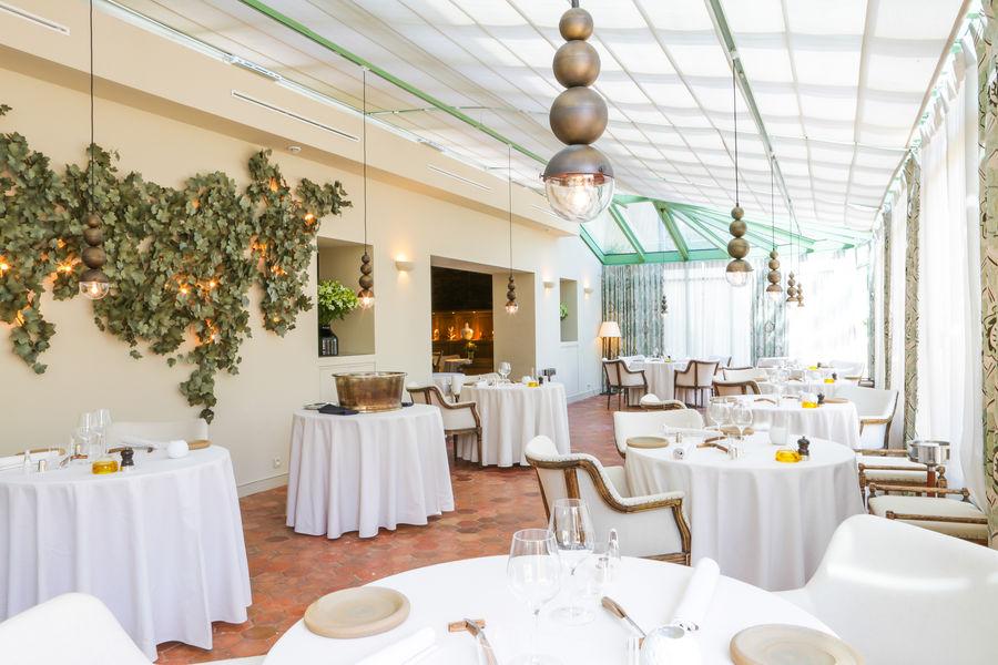 Château de Berne Hôtel & Spa ***** Salle du restaurant Gastronomique Le Jardin de Benjamin