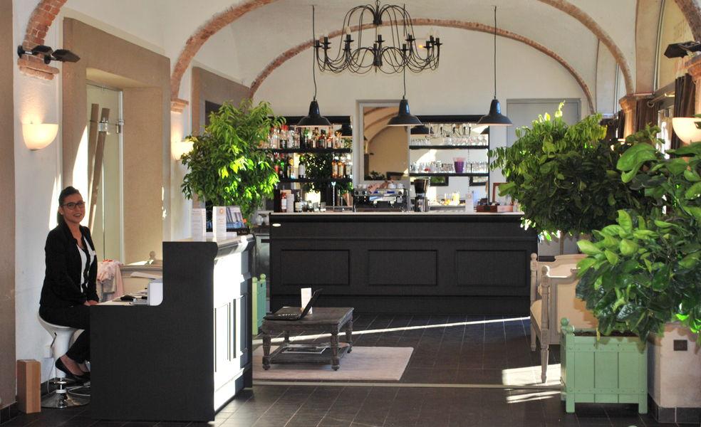 Hôtel***Restaurant Spa La Robéyère Réception