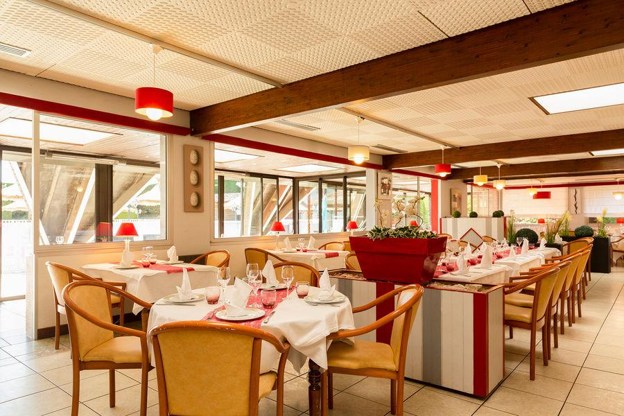 Hôtel Aquilon Saint Nazaire 10