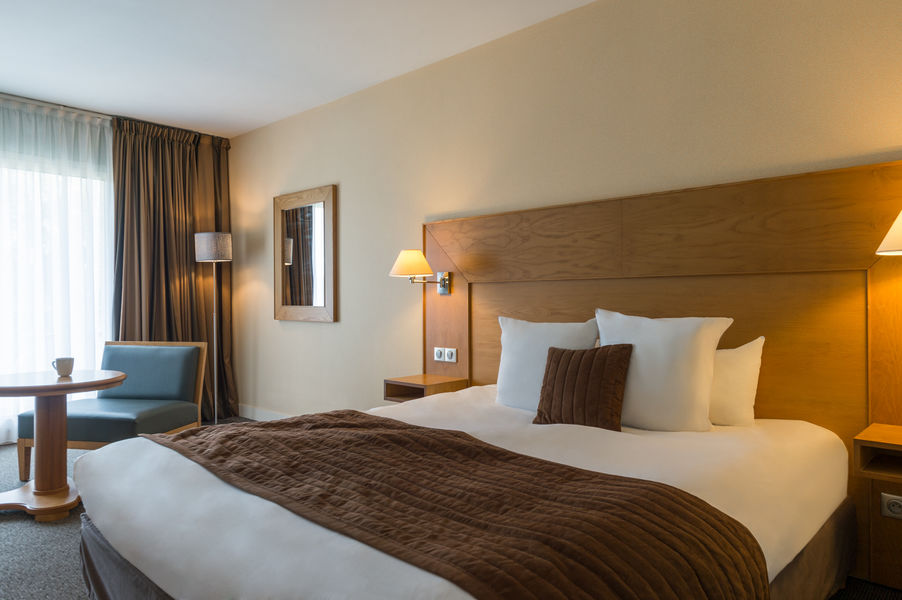 Hotel The Originalsdu Golf de l'Ailette Laon Sud 1