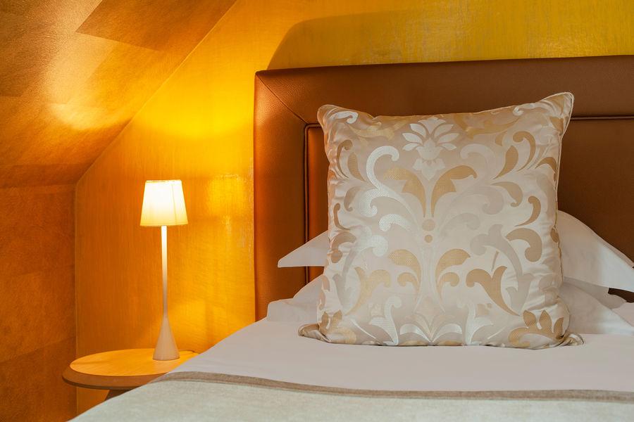 Hotel The Originals Le Manoir du Lys 8