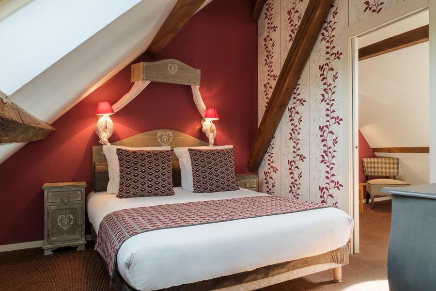Hotel The Originals Hostellerie Château de la Barge 2