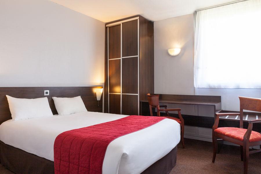 Hotel The Originals du Phare Bordeaux Mérignac 5
