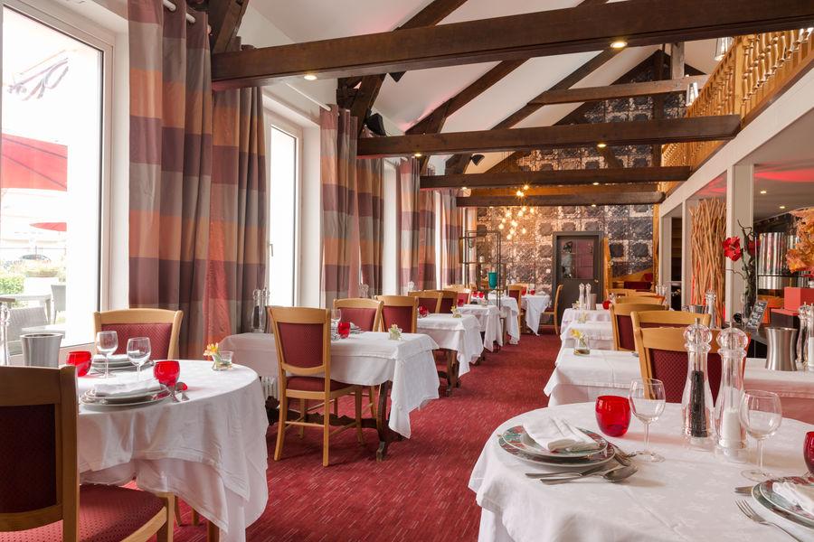 Hotel The OriginalsGrand Hôtel de Courtoisville 15