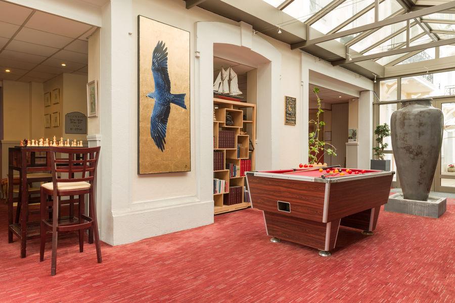 Hotel The OriginalsGrand Hôtel de Courtoisville 16