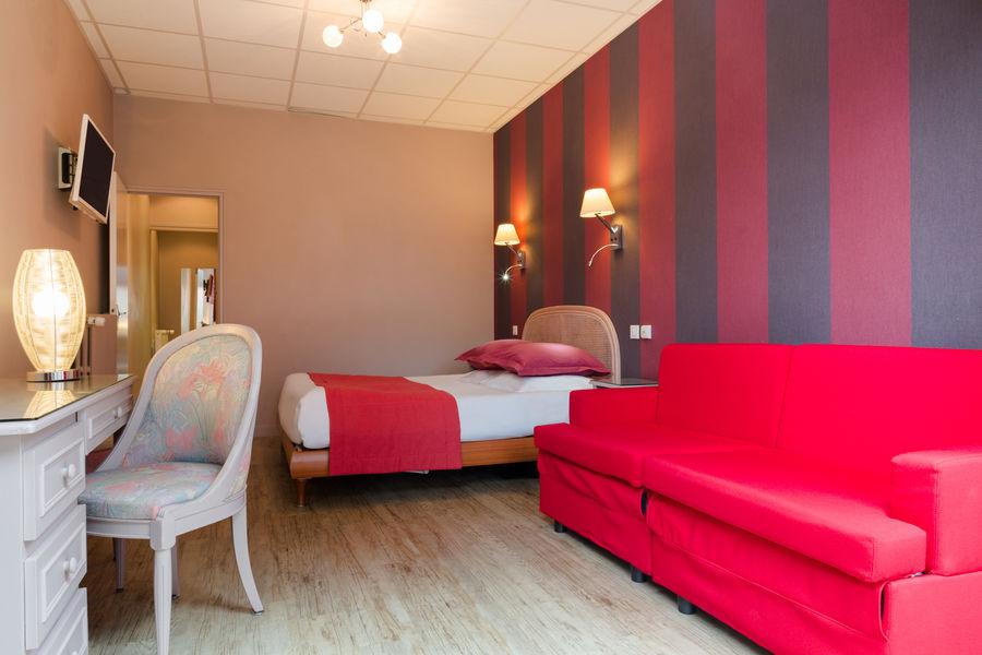 Hotel The OriginalsGrand Hôtel de Courtoisville 5