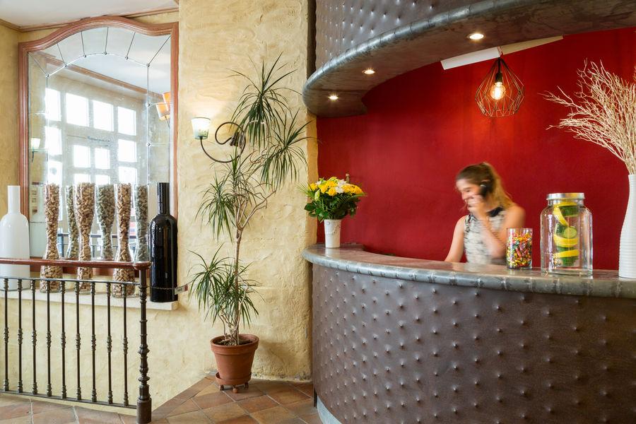 Hotel The Originals Bordeaux La Tour Intendance 7
