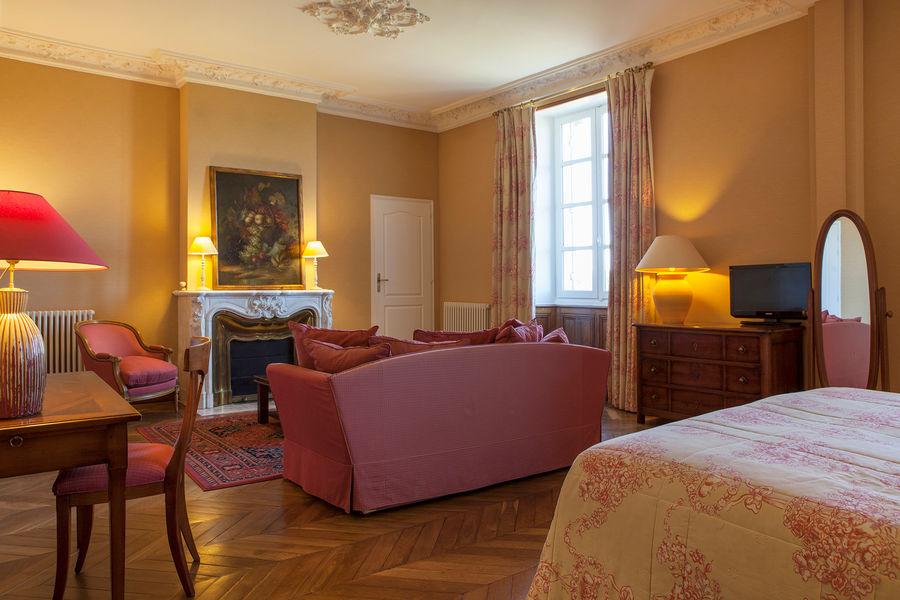 Hotel The Originals Relais du Château d'Arche **** 15