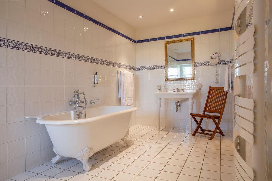 Hotel The Originals Relais du Château d'Arche **** 21