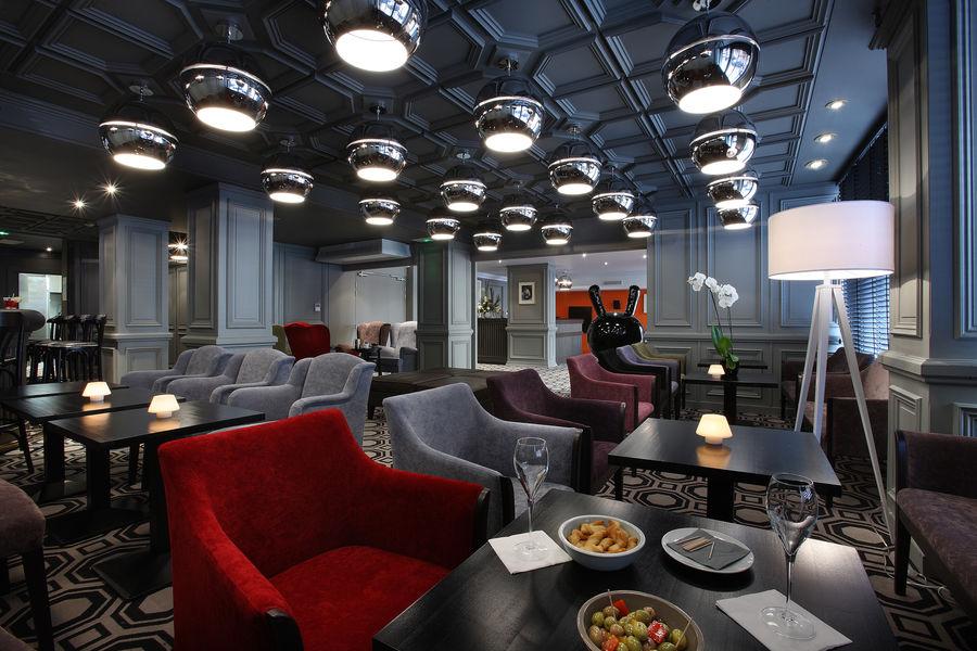 Le Cinq Hotel Chambéry Hyper Centre SALON BAR