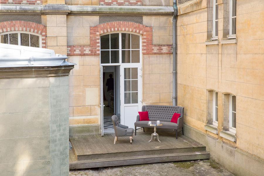 Hotel The Originals Maison de l'Abbaye 8
