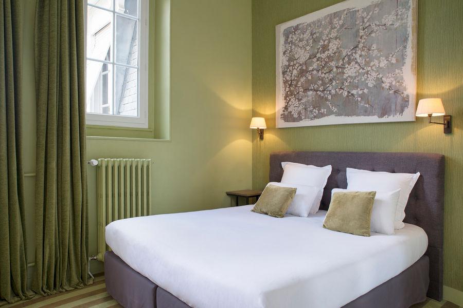 Hotel The Originals Maison de l'Abbaye 16