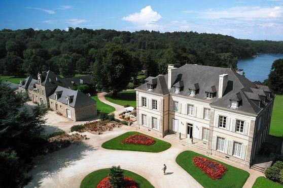 Château de Locguénolé