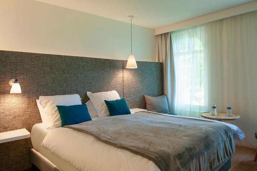 Hotel The Originals Le Cise 1