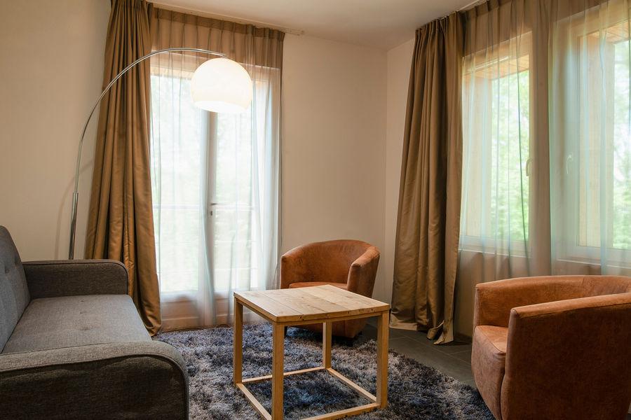 Hotel The Originals Le Cise 4