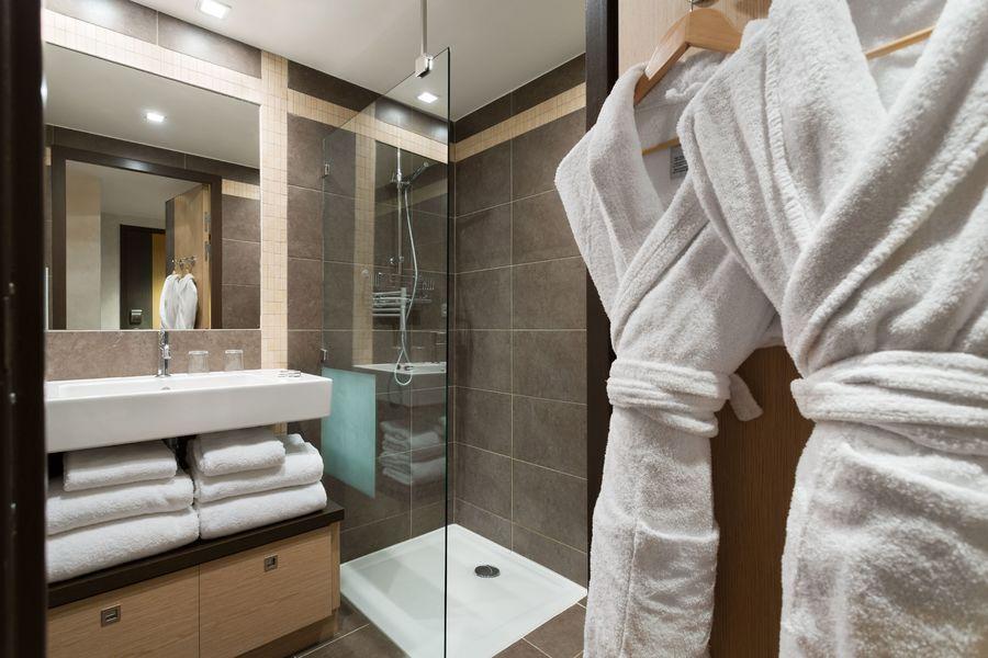 Les Loges Blanches **** Salle de douche