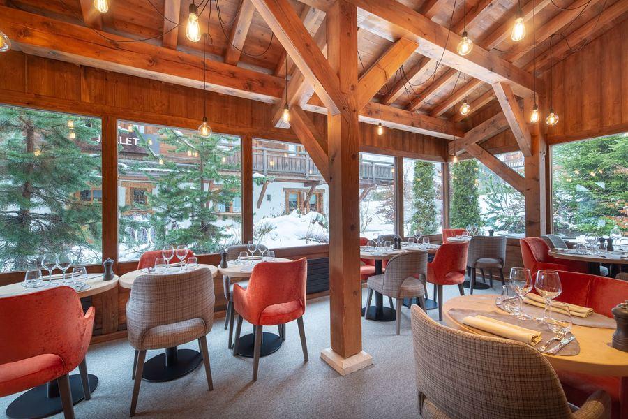 Les Loges Blanches **** La véranda du restaurant