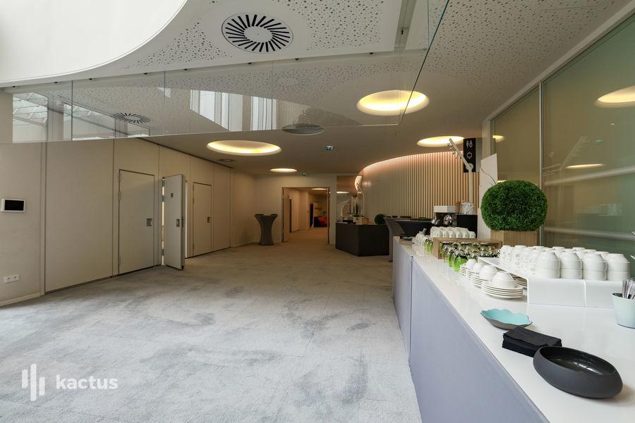 Cloud Business Center  31