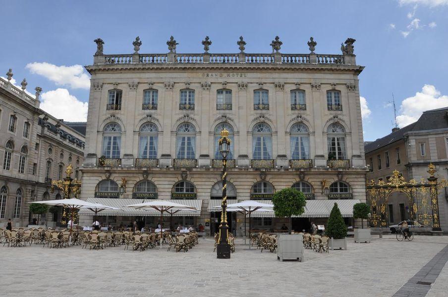 Grand Hôtel de la Reine 22