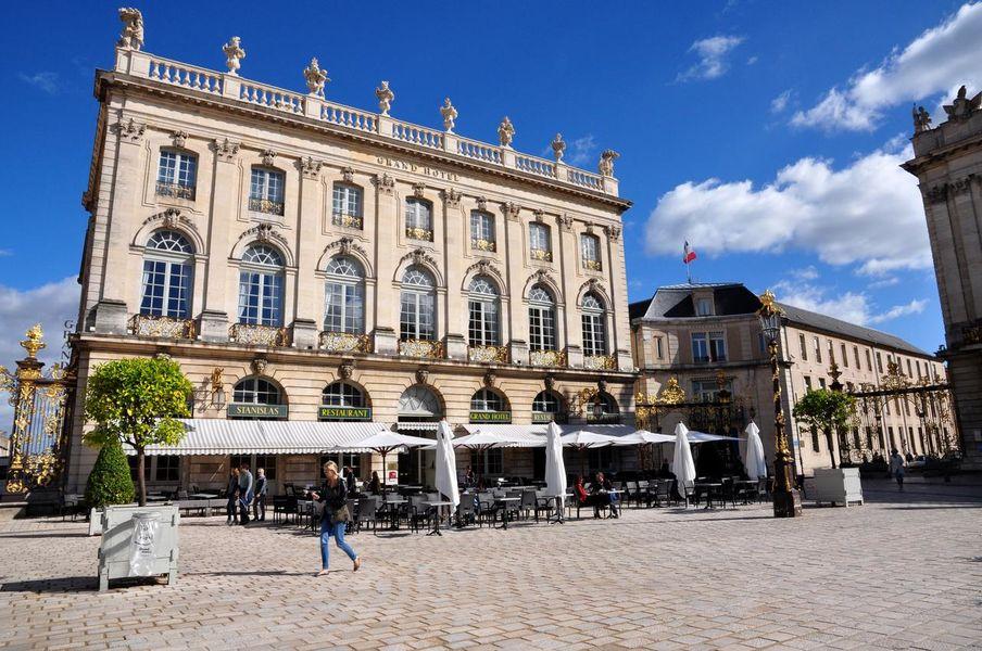 Grand Hôtel de la Reine 24