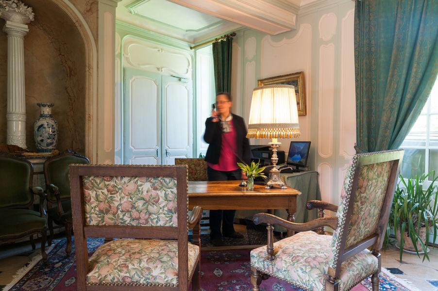 Hotel The Originals Château du Landel  4