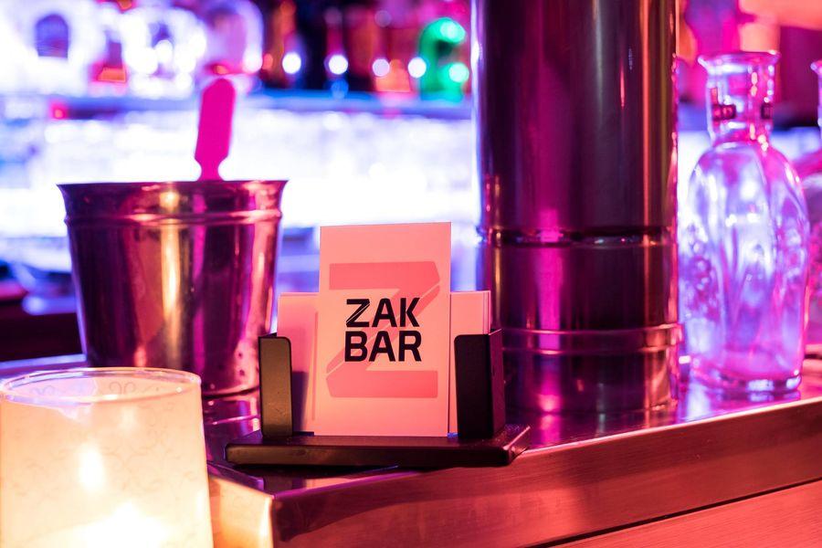 Le Zak Bar Bar