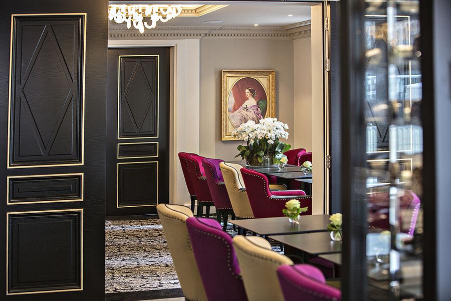 La Villa Haussmann, Paris Le Salon des Portraits & Partie Restaurant