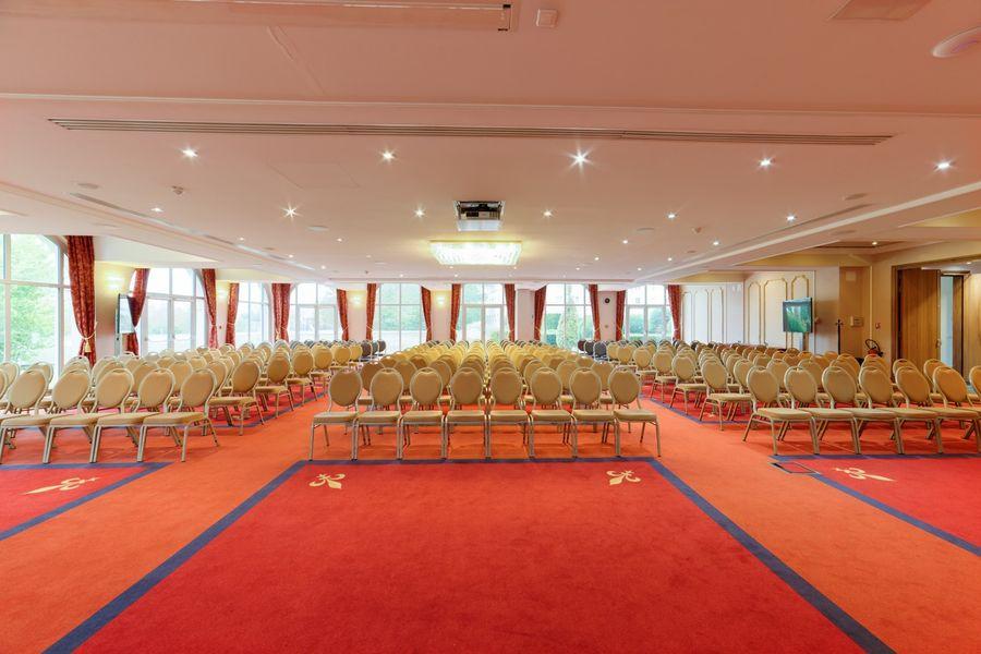 Vienna House Dream Castle Paris **** Richelieu plenary room