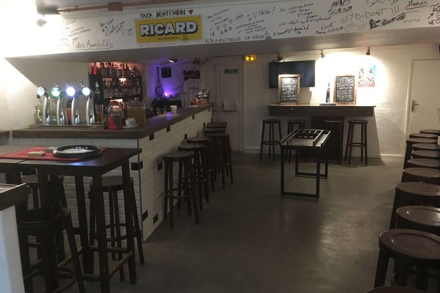 Tata Monique Bar