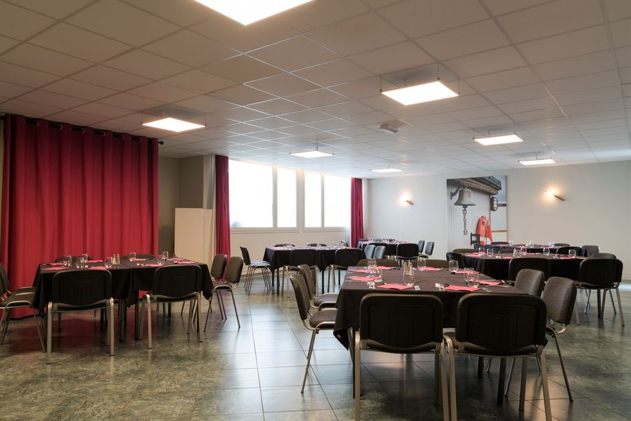 Hotel The OriginalsSaint-Brieuc Nord Au Chêne Vert Salle Saint Malo