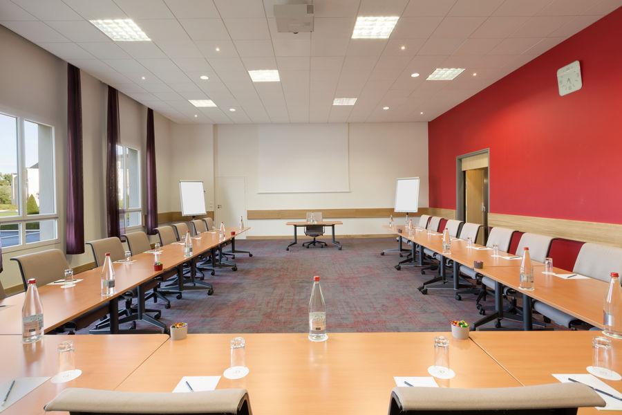 Mercure Chantilly Resort & Conventions  Salle de sous-commission