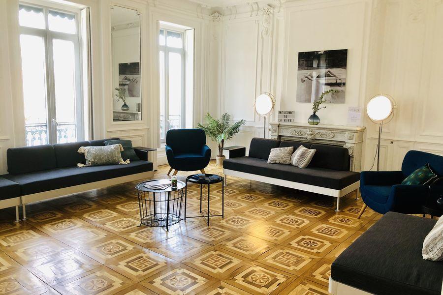 La Rive Lyon I Room