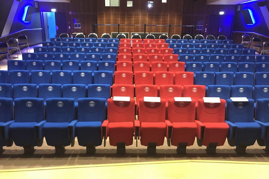 Parc des Princes Auditorium du Parc des Princes / Tribune Borelli
