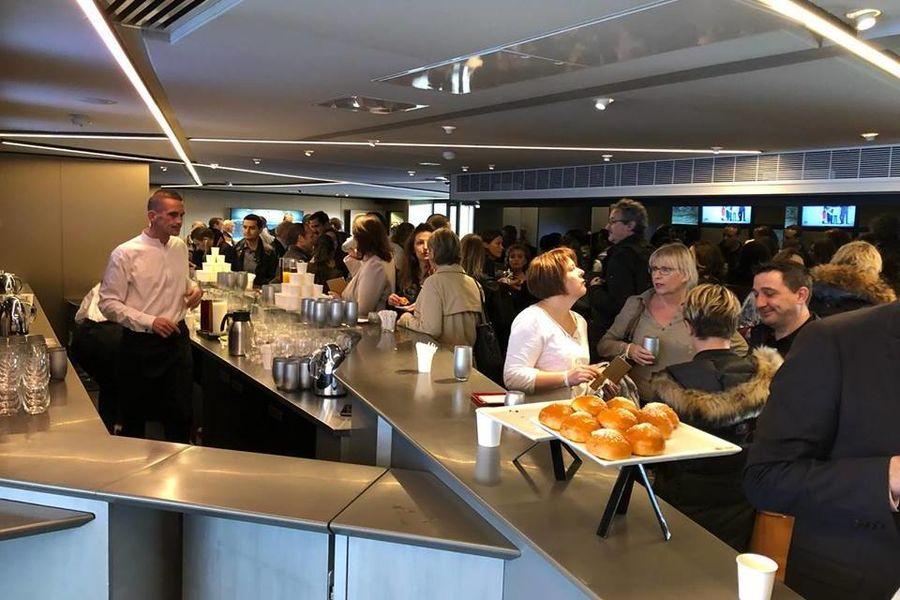 Parc des Princes Salon Haussmann en format cocktail dînatoire / Tribune Borelli