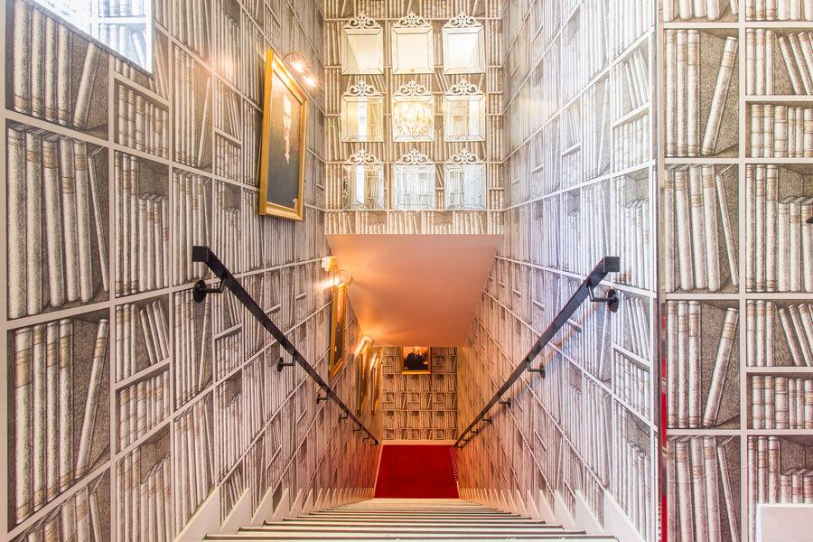 Hôtel Intercontinental Avenue Marceau ***** 83